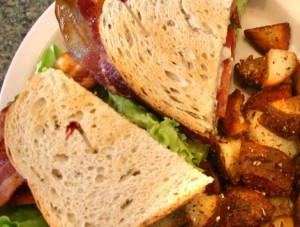 03lunch-blt